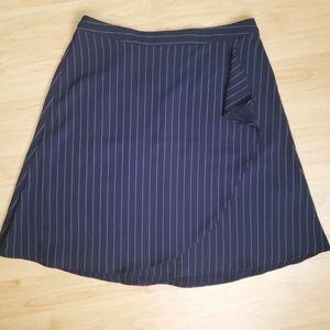 Banana Republic short skirt blue pin stripe 6P